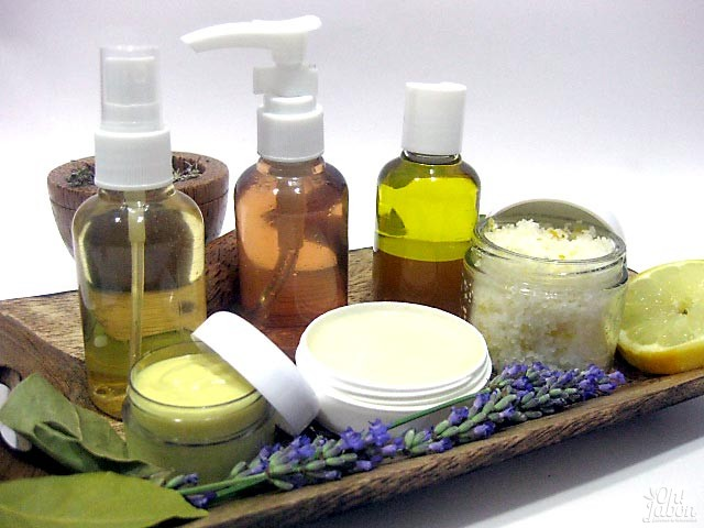 Productos cosméticos naturales que se elaboran en el curso de Oh!Jabón