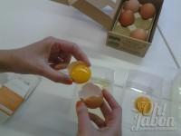 Separa la yema del huevo